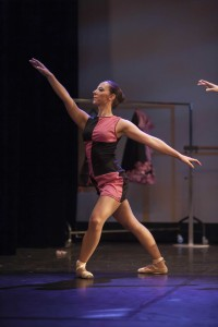 Elève Temps Danse Asnières position en dehors chorégraphie danse classique