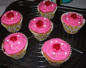 cupcakes_sur_grille_a_patisserie
