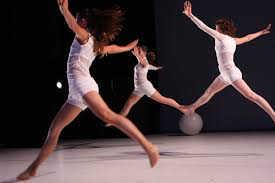 ballet_ulysse_et_grands_jetes